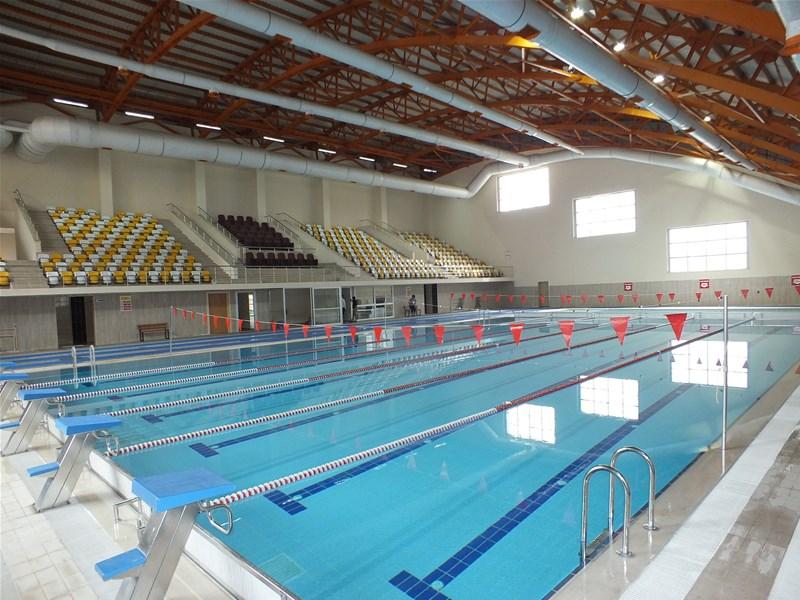 Mus Indoor Swimming Pool / Mus